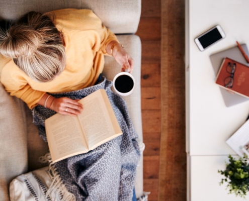 decluttering tips for downsizing